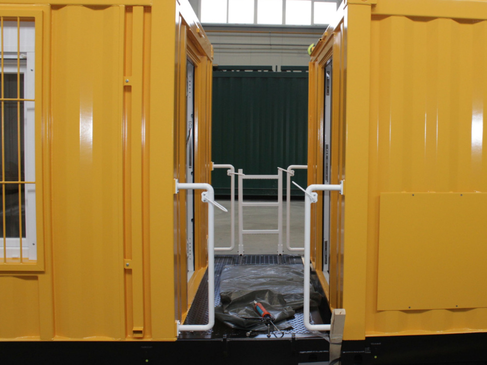 ABS intec - Technikcontainer bahn reperaturwagen4 - Planung & Engineering